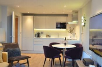Bakers Quay Gloucester Robinswood Hill Luxury Apartment